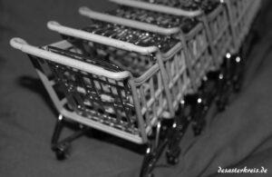 Symbolische Einkaufswagen