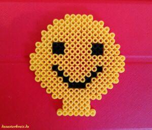Ein Bügelperlen Emoji