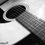 Gitarre in grau