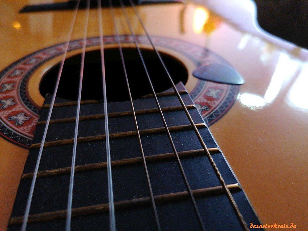 Eine weitere Gitarre