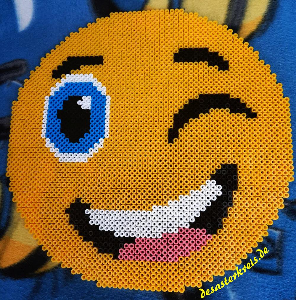isas-buegelperlen-emoji-